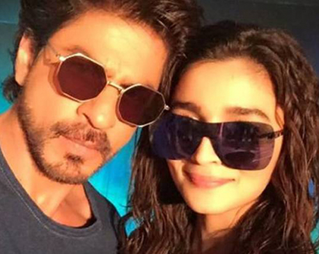 After Dear Zindagi release, Alia Bhatt now misses Shah Rukh Khan