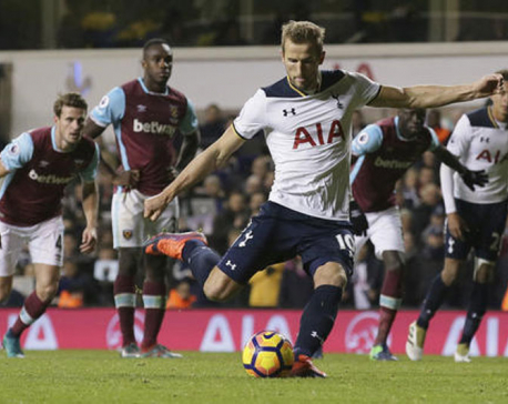 Tottenham, Arsenal produce late comebacks in Premier League