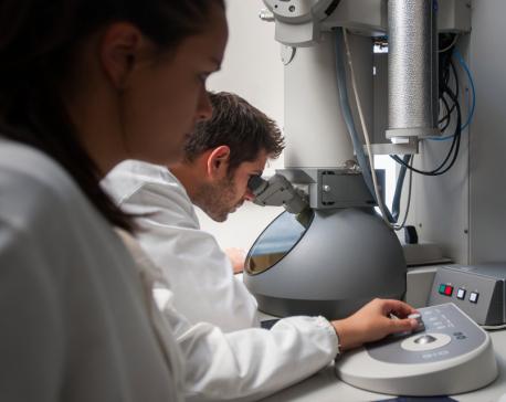 "Scientists develop ""smoke detector"" cancer test"