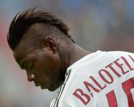 Balotelli trying to relaunch turbulent career with Nice