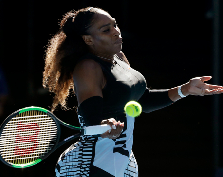 Serena Williams reaches 4th round without dropping a set