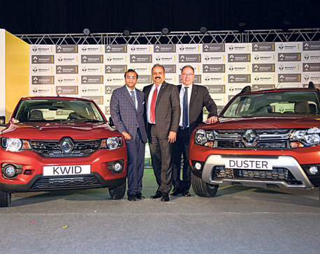 Renault launches Duster, Kwid