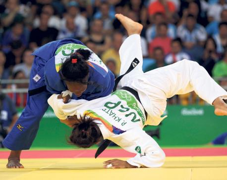 Phupu plays full bout, Sirish sets national record