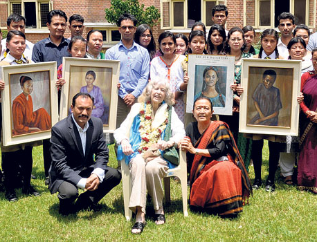 Jan Salter donates paintings to Maiti Nepal