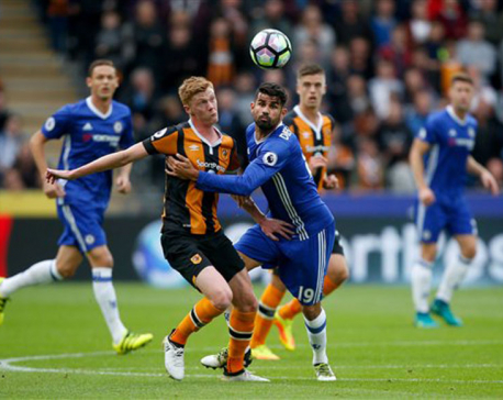 Costa to Conte's rescue as Chelsea beats Hull 2-0