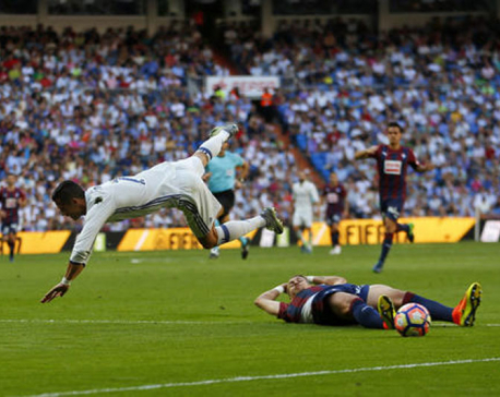 Real Madrid jeered at home after 4th straight draw