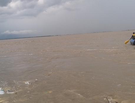 9 still missing in Saptakoshi boat capsize