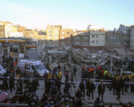 Magnitude 5.3 quake jolts Turkey, causes minor damage
