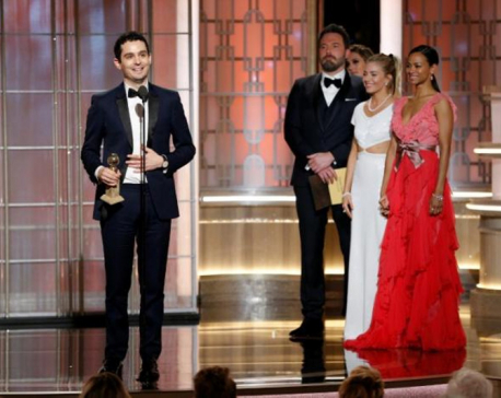 'La La Land' leads all comers at Golden Globes