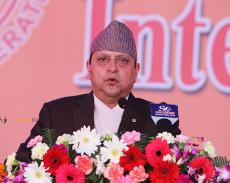 Former King Gyanendra donates Rs 100,000 for Mahayagya