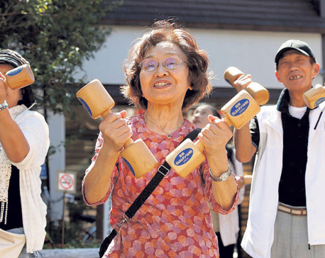 Japan's elderly hits record in challenge to labor market