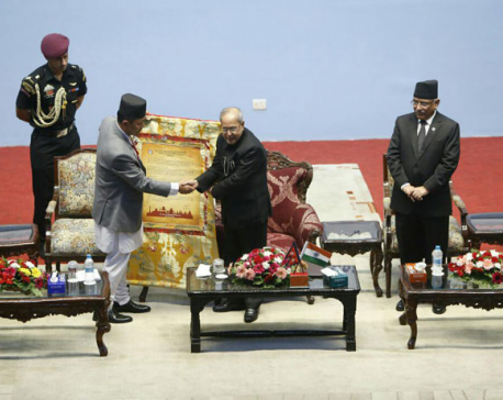 KMC hands civic felicitation to Indian Prez