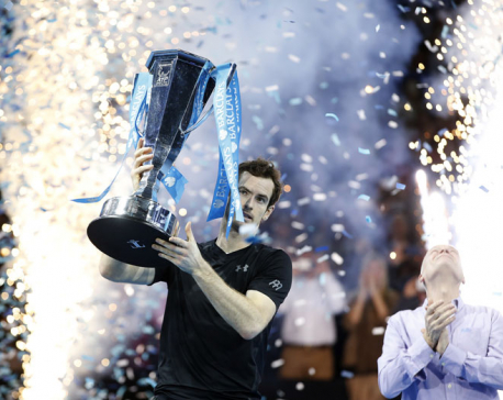 Murray rules the world after humbling of Djokovic