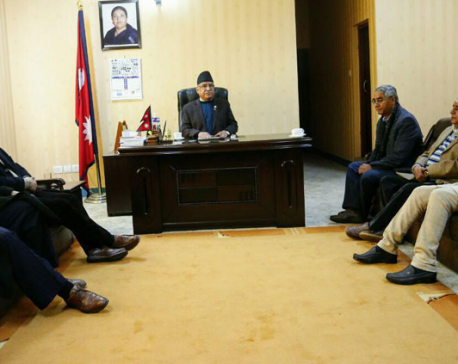 Three-party meeting makes no headway