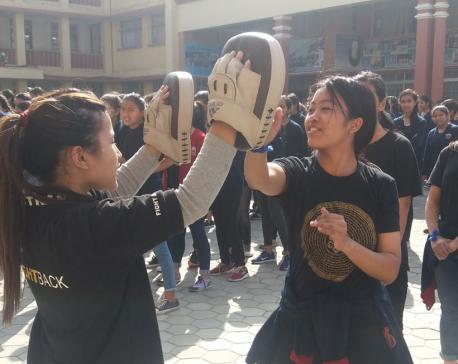 Self-defense class boosts confidence among girls