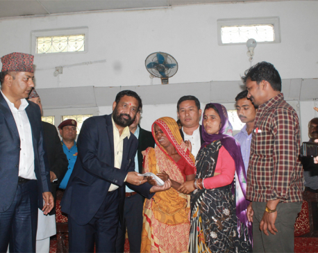 DPM Nidhi hands over Rs 1 m cheque to SSB Firing victim's family (with photo feature)