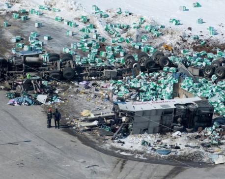 Canada mourns: 15 die when truck, hockey team bus collide