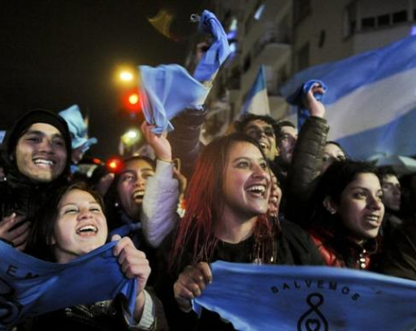 Argentina: 3,000 renounce Catholicism after abortion bill fails