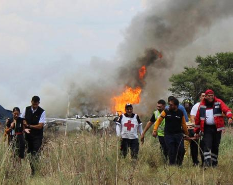 Mexican miracle: Plane with 101 on board crashes, everybody survives