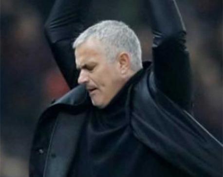 Man United scramble 2-2 draw with Arsenal
