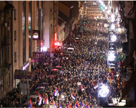 Thousands protest against Serbian president