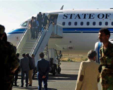 Houthi Ansarullah delegation departs Yemen for peace talks in Sweden