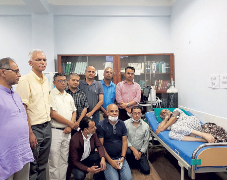 Editors support Dr KC's demands, urge govt to act soon