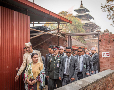 President visits Hanuman Dhoka (with photos)