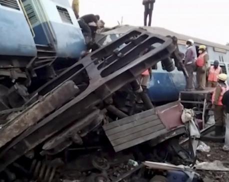 At least 36 killed as train derails in Andhra Pradesh, India (Update)
