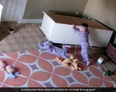 2-year-old pushes fallen dresser off twin brother in video gone viral (with video)