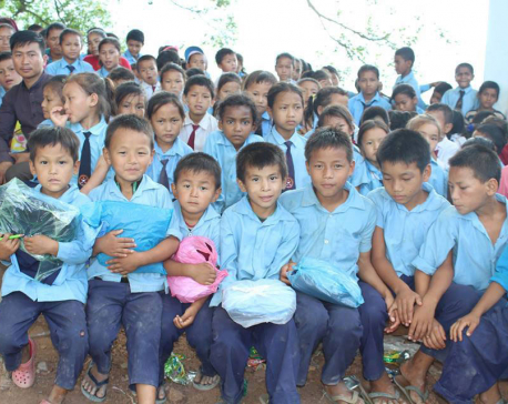 Free distribution of dress to school students