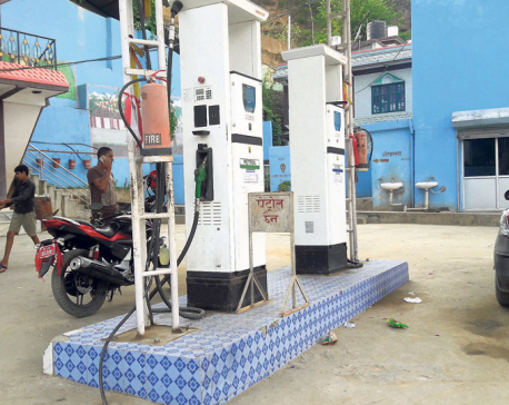 Petrol theft by tanker driver on the rise in Pyuthan