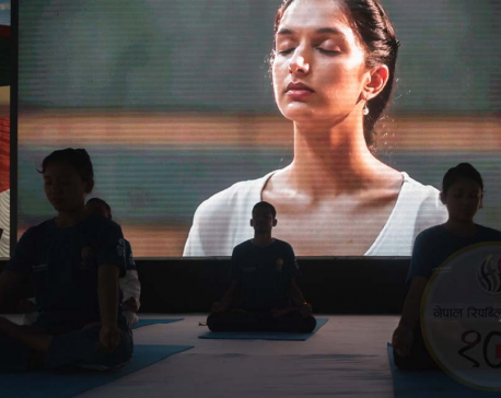 IN PICTURES: Stretch a bit before Intl' Yoga Day