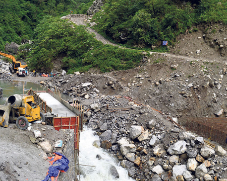 Construction of bridge over Mardi River in full swing
