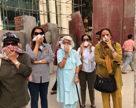 Juhi Chawla scorns Kathmandu's pollution