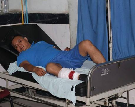 Police open fire on gangster Ashok Lama, held