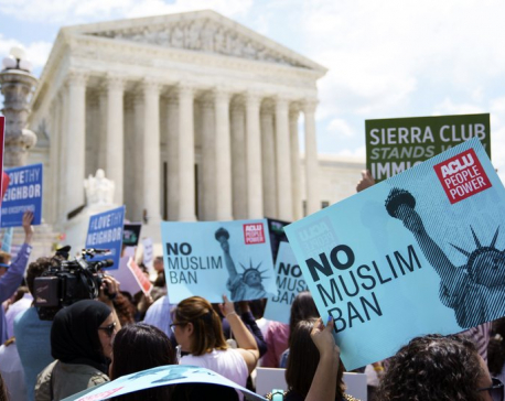 High court OKs Trump's travel ban, rejects Muslim bias claim