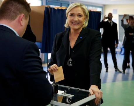 French presidential poll a bellwether for Europe
