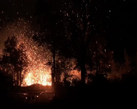 Quakes, lava and gas: Hawaii residents flee volcanic threats
