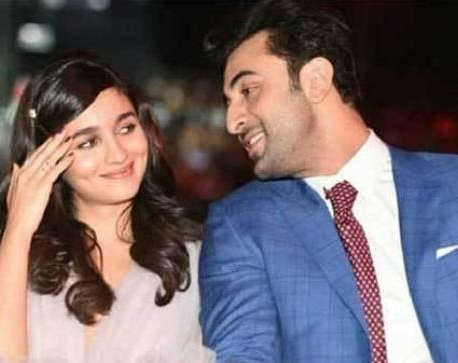 Ranbir Kapoor, Alia Bhatt having a 'mutual crush'
