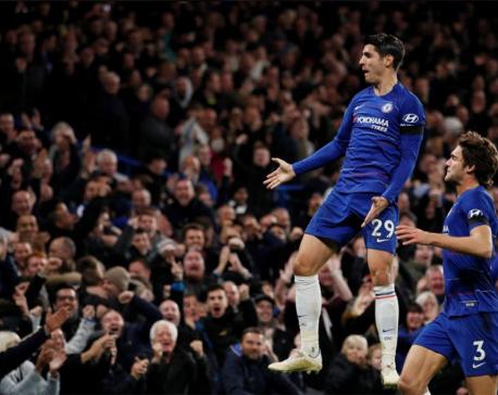 Morata brace sends unbeaten Chelsea second
