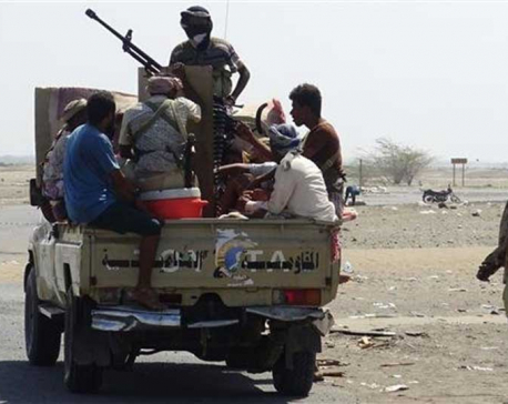 Saudi-backed militants pause Hudaydah attack