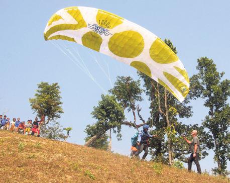 Belaka Municipality provides subsidy for paragliding course