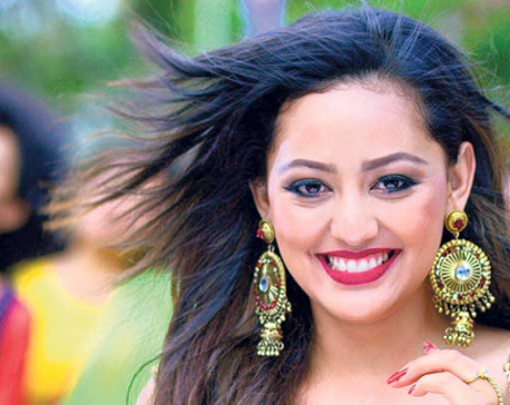 'Sayakada Das' launches its first song