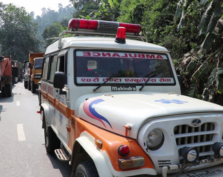 Ambulance caught in traffic jam, patient dies