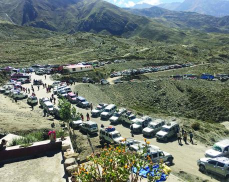 Pilgrims flock to Kagbeni causing traffic jam along Beni-Jomsom road