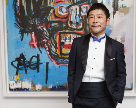 First tourist to the moon is Japanese fashion magnate Maezawa