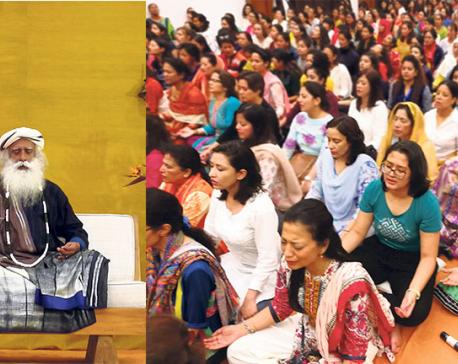 Sadhguru Assembles 1,500 devotees