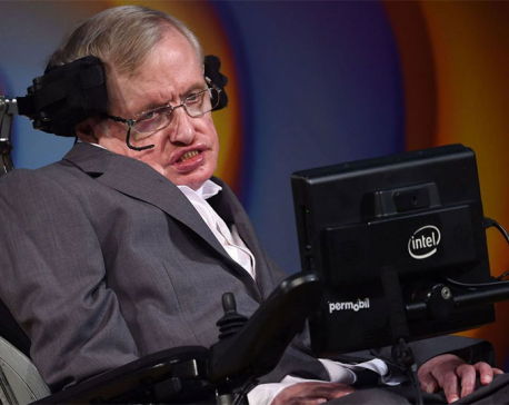 Thousands line streets in Cambridge for Stephen Hawking's funeral