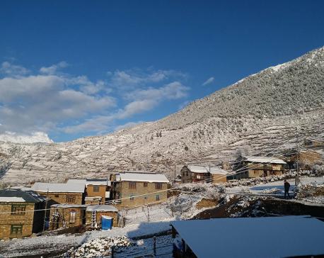 Humla witnesses snowfall (photo feature)